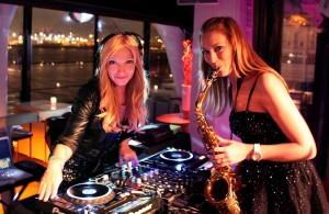 15-DJ-Plus