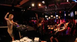 21-DJ-Plus
